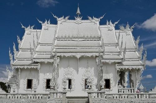 Il Tempio Bianco di Wat Rong Khun