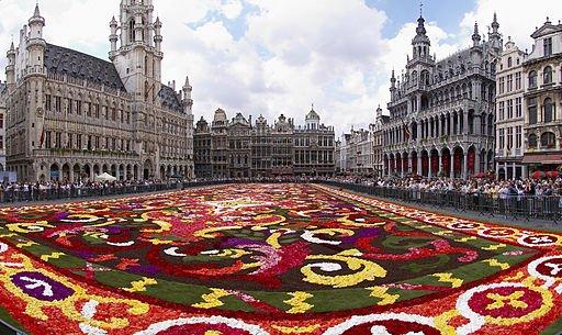 Tappeto floreale sul Grand Place di Bruxelles, Belgio