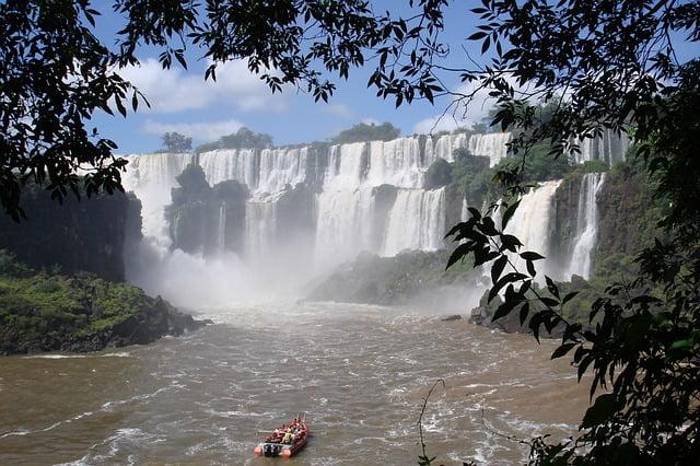 iguazu-cascate-brasile-argentina