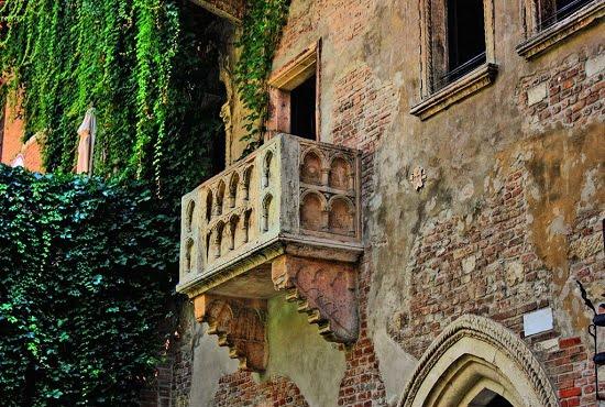 Il famoso balcone di Romeo e Giulietta a Verona