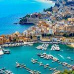 Die Hafenstadt Castellammare del Golfo in der Nähe von Palermo in Sizilien